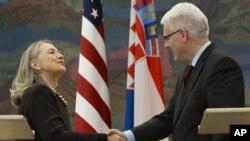 希拉里‧克林頓與克羅地亞總統約西波維奇舉行記者會