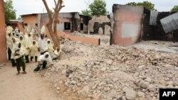 Nhóm Boko Hamram đốt phá một trường học trong vùng đông bắc Nigeria để trẻ em không thể đến trường
