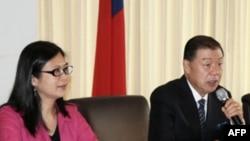 台湾驻美代表袁健生主持记者会