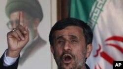 تردید احمدی نژاد در رابطه به مذاکرات با غرب