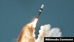 Angkatan Laut AS melakukan ujicoba misil Trident II (D-5) (foto: dok).