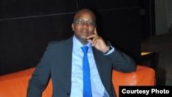 Rui Kandove, Cientista Político angolano