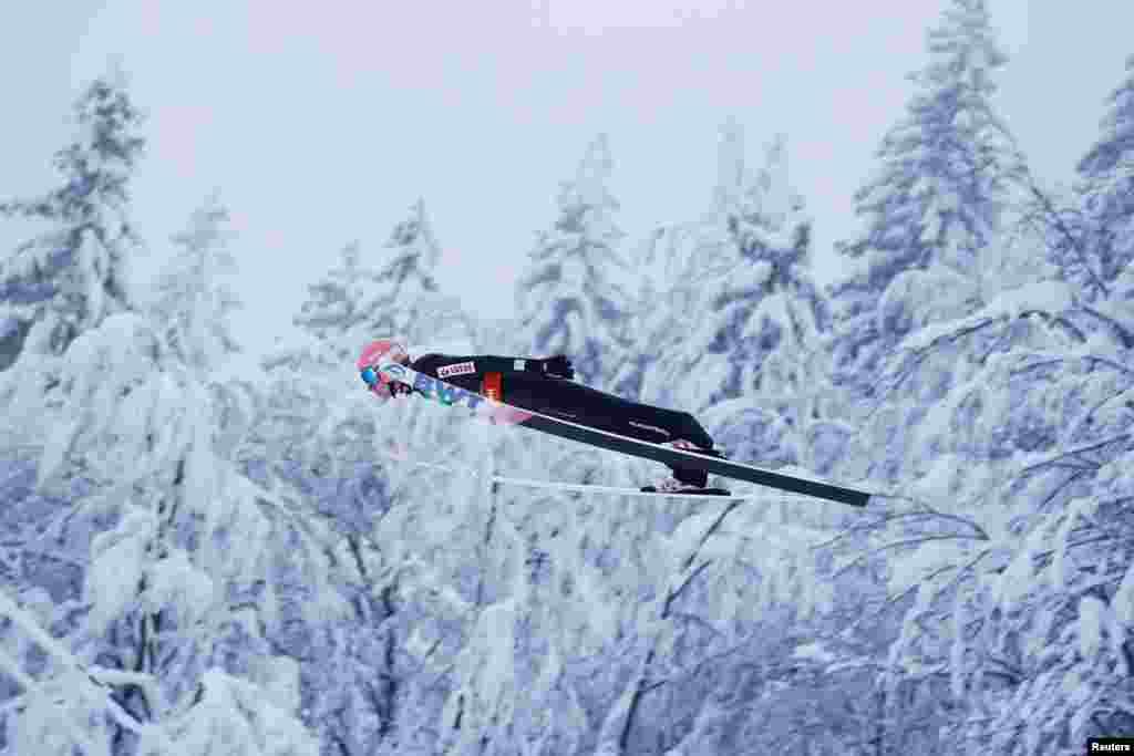Polşalı David Kubaçki Sloveniyada keçirilən Xizəklə Atlama üzrə Dünya Çempionatında iştirak edir.