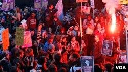 Alrededor de 3.000 estudiantes salieron a las calles para manifestarse.