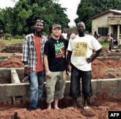 """""""音乐改变世界""""组织开始在加纳建学校"""