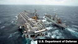 美國航空母艦羅斯福號(資料圖片)
