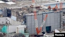 鸟瞰图显示在福岛第一核电厂3号反应堆的建设。
