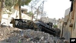 지난 7월 20일 시리아 이들리브에서 보여지는 파괴된 탱크. (자료사진)