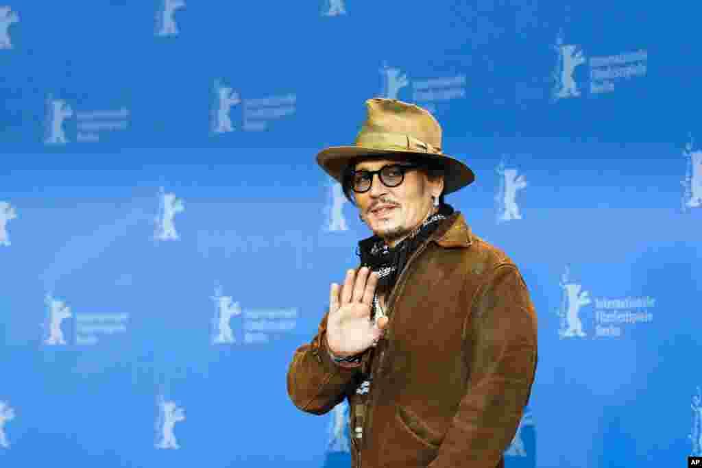 جانی دپ در حاشیه جشنواره فیلم برلین در آلمان.