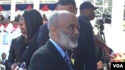 Ansyen Prezidan Ayiti a, René Préval,nan okasyon prestasyon sèman Prezidan Jovenel Moise nan dat 7 fevriye 2017, Pòtoprens, Ayiti. Foto: Jacquelin Belizaire.