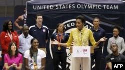 Мишель Обама на спортивной церемонии Let's Move! («Давай двигаться!»), 13 марта 2012