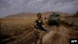 Afganistan'da 8 NATO Askeri Öldürüldü