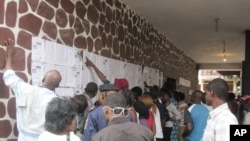 Elections de novembre 2011 à Kinshasa, RDC NICOLAS PINAULT VOA