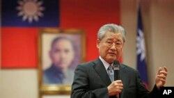 Thủ tướng Đài Loan Mao Trị Quốc nói với giới truyền thông nước ngoài về sự quan tâm của Đài Loan trong việc gia nhập AIIB