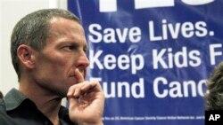 Lance Armstrong avait démissionné de la présidence de Livestrong après avoir avoué s'être dopé