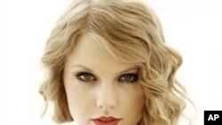 乡村歌坛奇才的Taylor Swift已经拥有三张排行榜冠军专辑、唱片总销量将近3千5百万张。Swift上星期一刚满21岁......
