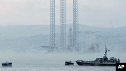 俄羅斯遠東地區薩哈林島附近科爾斯克耶鑽井平台