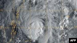 Küba ve Meksika'ya Kasırga Uyarısı