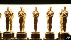 Les 5 finalistes dans les 24 catégories des Oscars seront annoncés mardi