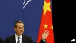 Une ex-diplomate américaine admet ses liens avec des agents chinois