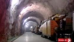 TV iraní muestra túneles con misiles