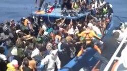 ایتالیا در یک روز ۴ هزار و ۴۰۰ مهاجر سرگردان در دریا را نجات داد