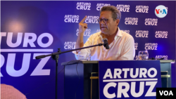 Arturo Cruz durante el anuncio de su candidatura a la presidencia el 2 de marzo de 2021 en Managua, Nicaragua. [Foto: Donaldo Hernández, VOA]