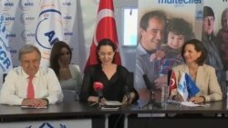بازدید آنجلینا جولی و کمیسر عالی سازمان ملل از کمپ پناهجویان سوری