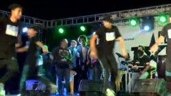 Uz pjesmu i ples, radost u izbjegličkom logoru