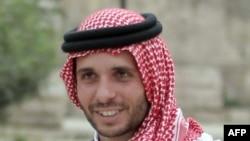約旦前王儲約旦國王阿卜杜拉同父異母的弟弟哈姆扎·本·侯賽因親王(Prince Hamzah Bin Hussein) 2015年9月9日在安曼出席記者會。(法新社資料照)