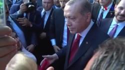 Erdoğan Washington'da Kendisine Sevgi Gösterisinde Bulunanlarla Biraraya Geldi