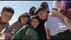 Як «Лікарі без кордонів» та «Конгрес біженців» допомагають американцям відчути себе у шкірі біженця. Відео