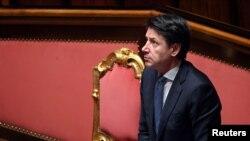 Le Premier ministre italien Giuseppe Conte lors d'une session au Sénat, la chambre haute du Parlement, sur la propagation du coronavirus, à Rome, Italie, le 26 mars 2020.