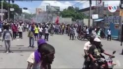 Ayiti: Plizyè 100èn Moun Pran Lari pou Reklame Demisyon Prezidan Jovenel Moïse