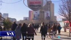 Kosovë: Gjuha politike dhe shkeljet e masave shëndetësore gjatë fushatës zgjedhore