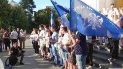 Video: Radikalski protest protiv festivala Mirdita - dobar dan