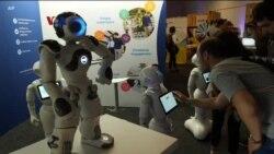 Upaya Meningkatkan Kecerdasan Robot