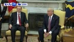 Ông Trump bị tố tiết lộ tin mật cho phía Nga