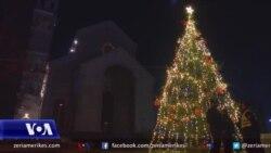 Kosova kremton Krishtlindjen nën masa kufizuese