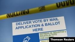 Guverner Teksasa Greg Ebot ograničio je teksaške okruge na na jednu lokaciju za ostavljanje koverata sa glasačkim listićima.