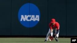 지난 19일 미국 네브라스카주 오마하에서 미국대학체육협회(NCAA) 애리조나대와 밴더빌트대의 야구 경기가 열렸다.