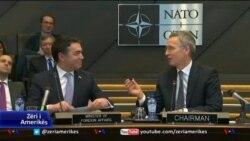 Maqedonia nënshkruan Protokollin për anëtarësim në NATO