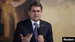 El presidente de Honduras, Juan O. Hernández, que viajó a Washington el miércoles 2 de diciembre de 2020, aparece en una imagen tomada el 19 de noviembre del mismo año.
