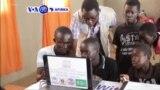 VOA60 Afirka: A Uganda Kamfanonin Sadarwa Da Dama Suka Kafa Shigifofi A Yankin Karkara Domin Taimakawa 'Yan Gudun Hijira Samun Yanar Gizo