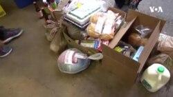 Amerikalılar azgəlirli ailələrin Şükran süfrəsinə yardım edir