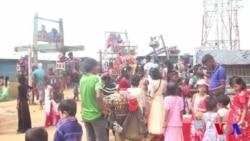 ঈদে নাড়ির টানে বাড়ি ফেরার আকুতি রোহিঙ্গাদের