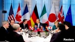 Başkan Obama Lahey'de G7 liderleriyle masada