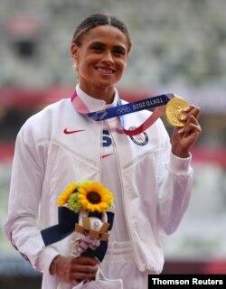 여자 육상 400m 허들에서 세계 신기록을 수립한 미국의 시드니 매클로플린 선수
