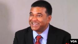 East-West Center ညႊန္ၾကားေရးမွဴး Dr. Satu Limaye