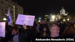 Građani u Srbiji prema svim merenjima udišu jako zagađen vazduh, Foto: VOA